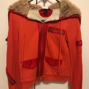Marc Jacobs light jacket with fur